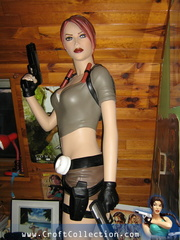 statue-taille-reelle-tomb-raider-legend
