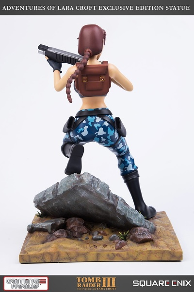 statue-gamingheads-laracroft-tombraider3-20years-exclusive_09.jpg